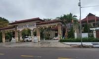 Khách sạn Hoàng Gia, địa chỉ 01 (Hàn Mặc Tử, TP Quy Nhơn) - nơi làm của ông Trần Duy Tùng vừa bị khám xét. Ảnh: Tr.Định