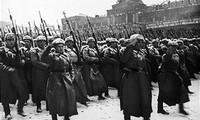 Ba đồng chí của Đoàn trong đội hình Sư đoàn quốc tế bảo vệ Liên Xô là ai?