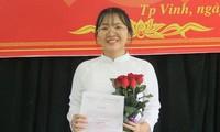 Nữ thủ khoa khối C toàn quốc là Đảng viên ở tuổi 18