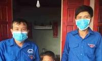 Cậu bé 8 tuổi dùng sào tre cứu hai em nhỏ đuối nước