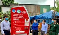 Đặt trạm rửa tay dã chiến phòng dịch tại trung tâm chợ lớn nhất Hà Tĩnh