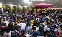 Dịp đầu năm nhiều ngôi chùa tổ chức lễ cầu an