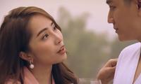 Quỳnh Trinh bất ngờ hỏi Trần Bạt chuyện có ý định bỏ vở hay không