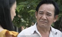Ông Bá (Quang Tèo) đau khổ vì không dạy được con, bị nắm được bằng chứng biển thủ