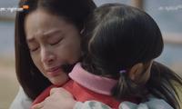 """Kết phim đẫm nước mắt, nhưng ấm áp của """"Chào mẹ, tạm biệt"""""""