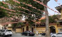 Không đoàn xe rước, không lễ đài, Giáo hội hướng dẫn tổ chức Phật đản gọn nhẹ đúng tinh thần giãn cách. Ảnh: Nguyên Khánh