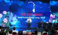 """Thủ tướng tới dự và phát biểu tại chương trình giao lưu nghệ thuật """"Hồ Chí Minh-Hành trình khát vọng 2020"""". Ảnh: Quang Hiếu"""