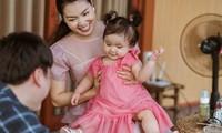 Ca sĩ Ngọc Anh công khai chính thức cô con gái thứ hai vừa tròn tuổi. Ảnh: Thanh Lê
