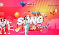 """Bảo Trâm là một trong số nghệ sĩ hát tại """"Ngày thẻ Việt Nam 2020-Sóng Festival"""""""