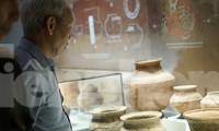 Trưng bày nhiều hiện vật gốc của di tích quốc gia Bãi Cọi. Ảnh: Nguyên Khánh