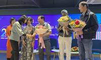 """Nhà văn Nguyễn Nhật Ánh ra Hà Nội dự lễ kỷ niệm 25 năm """"Kính vạn hoa"""""""