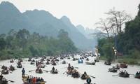 Ban Tổ chức Lễ hội chùa Hương chờ chỉ đạo của Thành phố Hà Nội