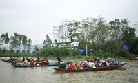 Lễ hội chùa Hương cũng phải tạm dừng do diễn biến phức tạp