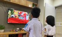 Từ sau lễ khai giảng năm học mới đến nay, học sinh Hà Nội vẫn đang học trực tuyến.