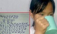 Học sinh bị cô giáo ép uống nước giẻ lau bảng