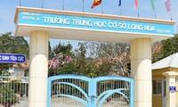 Trường THCS Long Hòa, nơi xảy ra sự việc