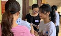 Tổ chức, thực hiện các công đoạn trong quy trình thi THPT quốc gia là công việc căng thẳng.