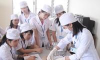 Lãnh đạo nhiều trường đại học trong khối Y dược mong muốn kỳ thi THPT quốc gia vẫn diễn ra