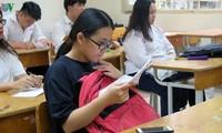 Nghi lộ đề, hàng nghìn học sinh lớp 9 phải dừng kiểm tra học kỳ I.