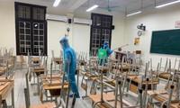 Trường THPT Phan Đình Phùng cho học sinh toàn trường nghỉ học.