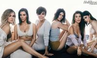 Những mỹ nhân quyền lực nhà Kim Kardashian nóng bỏng với nội y