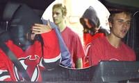 Selena Gomez - Justin Bieber tiếp tục bên nhau không rời