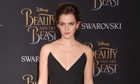 'Cô phù thủy nhỏ' Emma Watson chia tay bạn trai hơn 10 tuổi