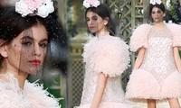 Con gái Cindy Crawford sang chảnh như nàng thơ trong show Chanel