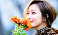 Kim Hee Sun trẻ đẹp ngỡ ngàng trên đất Ý