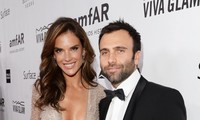 Mỹ nhân nội y Alessandra Ambrosio chia tay hôn phu sau 10 năm