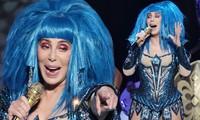 'Nữ hoàng sân khấu' Cher biểu diễn sung sức đầy năng lượng ở tuổi 73