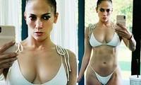 Jennifer Lopez mặc bikini căng đầy sức sống tuổi 50