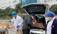 Tiệm cà phê ở Vũ Hán miễn phí cho các bác sĩ chống dịch covid-19