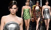 Siêu mẫu đắt giá nhất thế giới và dàn 'chân dài' diện váy quây gợi cảm