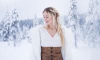 'Nữ hoàng băng giá' Thụy Điển rời phố về làng sống gần gũi với thiên nhiên