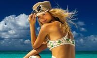 Siêu mẫu 9x Nadine Leopold đẹp hút hồn giữa nắng vàng biển xanh