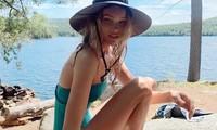 Elsa Hosk tung series ảnh bikini 'đốt cháy' nắng hè