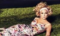 Ba vòng nóng bỏng, Jennifer Lopez rạng ngời xuân sắc ở tuổi 50