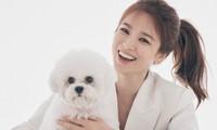 Song Hye Kyo trẻ trung rạng ngời như nữ sinh đôi mươi