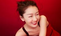Sắc vóc thanh tú của nàng thơ 9x Châu Đông Vũ