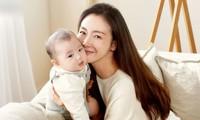 Người đẹp 'Bản tình ca mùa đông' Choi Ji Woo quá đẹp sau 5 tháng sinh con