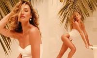 Candice Swanepoel vẫn nóng bỏng sau 10 năm làm thiên thần nội y