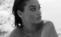Ánh nude đen trắng đậm chất nghệ thuật của người mẫu Shanina Shaik