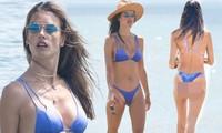 Alessandra Ambrosio thả dáng tuyệt mỹ trên biển, tình tứ bạn trai