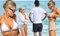 Người mẫu gợi cảm Charlotte McKinney tắm biển cùng bạn trai ở Miami