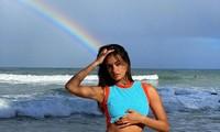 Mê đắm sắc vóc người mẫu áo tắm xứ Samba Gizele Oliveira