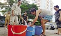 Hè 2018, nhiều chung cư khổ sở vì thiếu nước sạch.