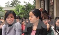 Hàng nghìn giáo viên lâu năm ở Hà Nội lo lắng trước nguy cơ mất việc