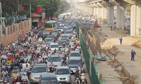 Với hệ thống giao thông đồng bộ, đường Nguyễn Trãi được chọn là 1 trong 2 tuyến đường cấm xe máy đầu tiên. Ảnh: T.Đảng