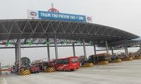 Trạm thu phí dự án cao tốc BOT Pháp Vân - Cầu Giẽ. Ảnh: T.Đảng